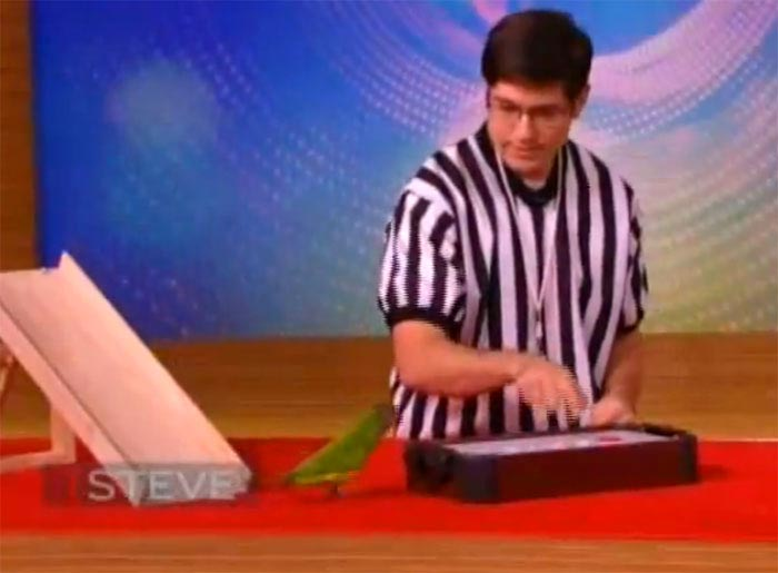 Parrot Hockey Trick on Steve Harvey Show